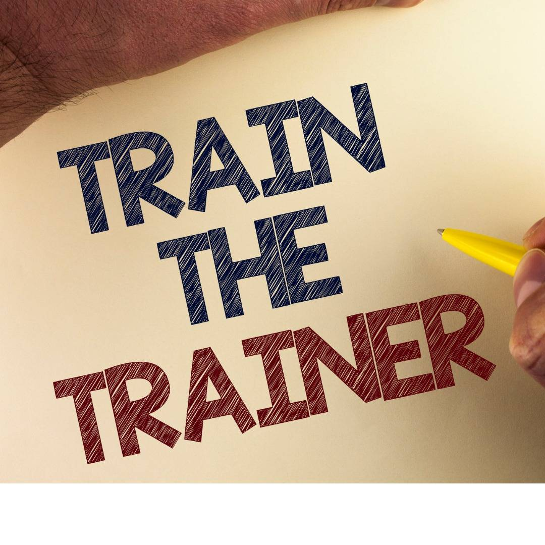word-writing-text-train-the-trainer-business-concept-for-learning-picture-id949122762 (2)